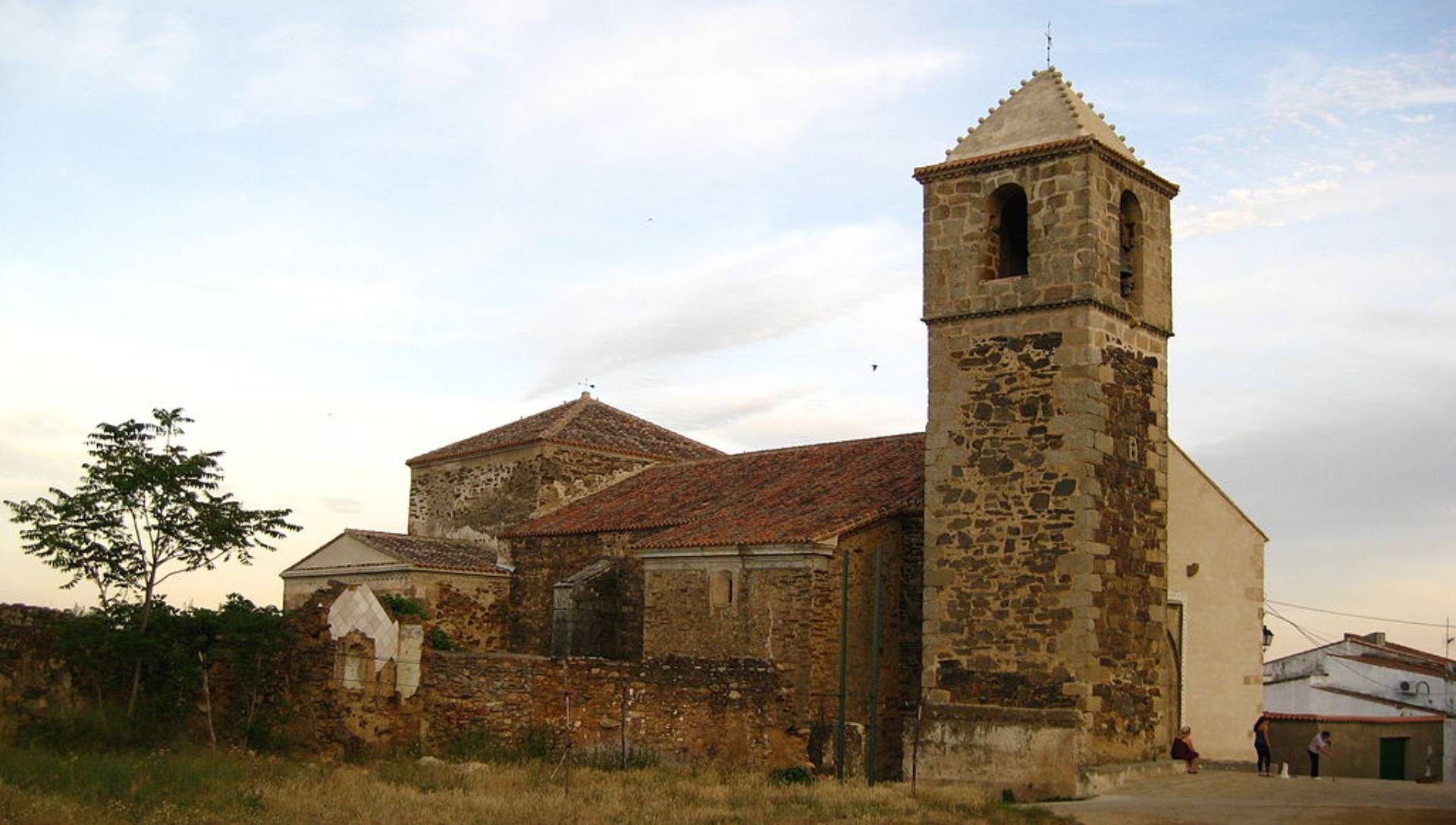 Casas de Millán