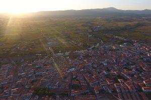 1280px-Moraleja_(Cáceres)_a_vista_de_pájaro
