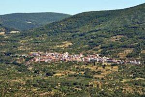 Casas_del_Castañar_desde_El_Torno